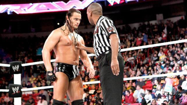DEBUT WWE