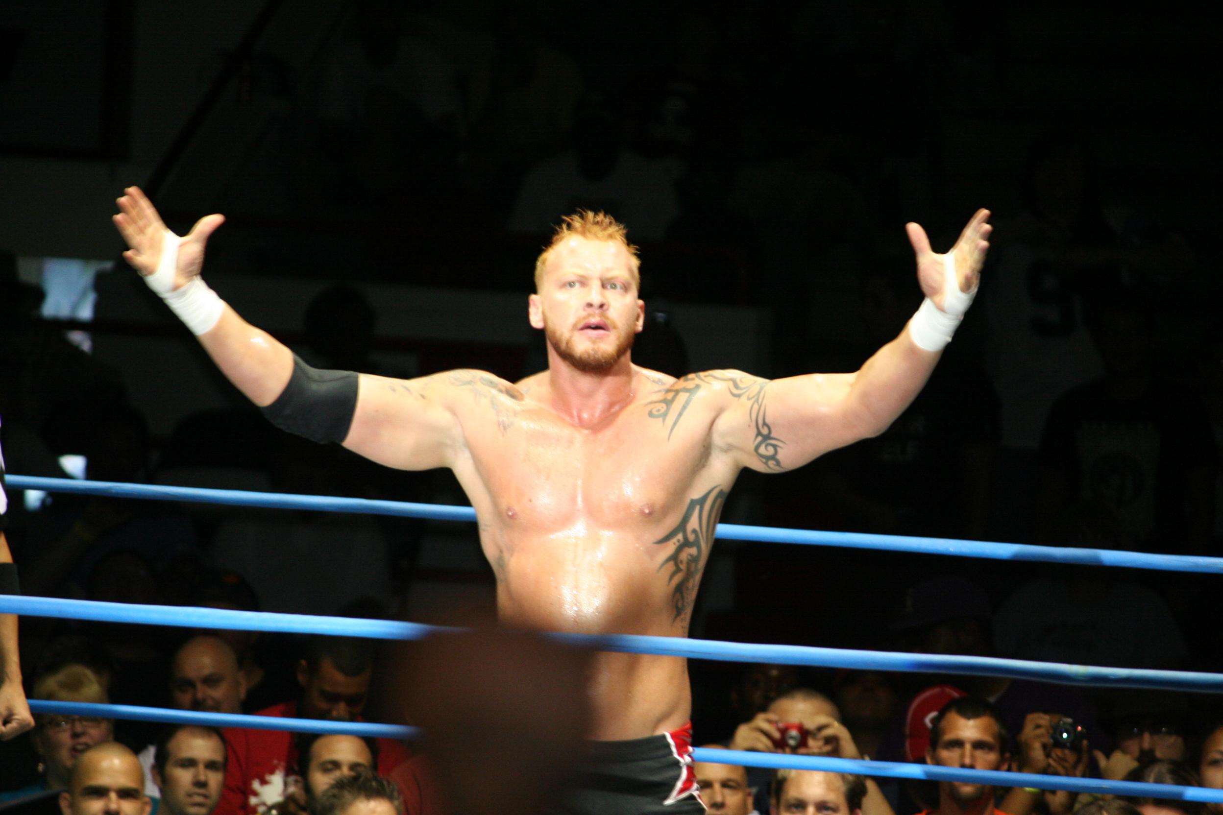 Crimson_TNA