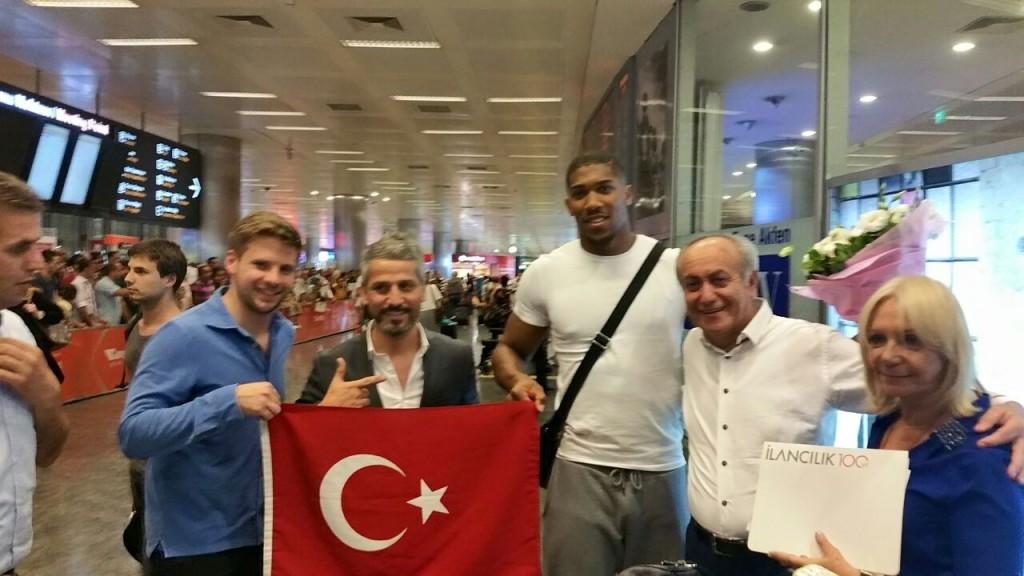 Joshua İstanbul'da