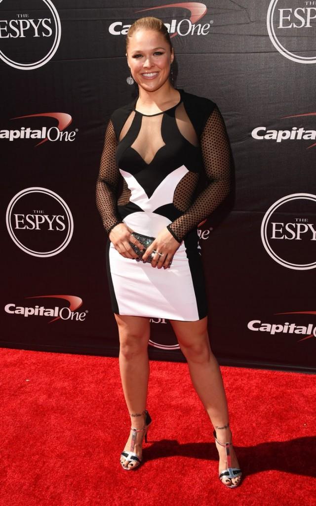 Ronda-Rousey-2015-ESPY-Awards-Inas-Couture-f-1024x1638