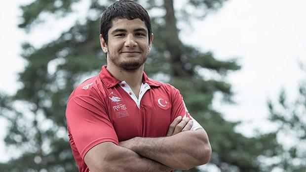 Taha Akgül wwe smackdown raw