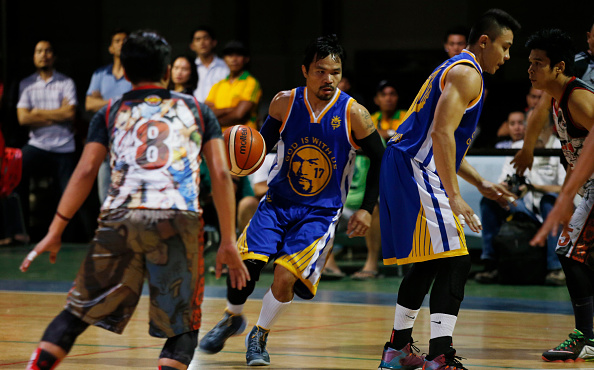 GENERAL SANTOS, PHILIPPINES - JANUARY 28: Manny Pacquiao plays basketball at his residence after a training session on January 28, 2016 in General Santos, Philippines. Pacquiao faces Timothy Bradley in the world welterweight championship bout at the MGM Grand casino on April 9 in Las Vegas, Nevada. (Photo by Jeoffrey Maitem/Getty Images)
