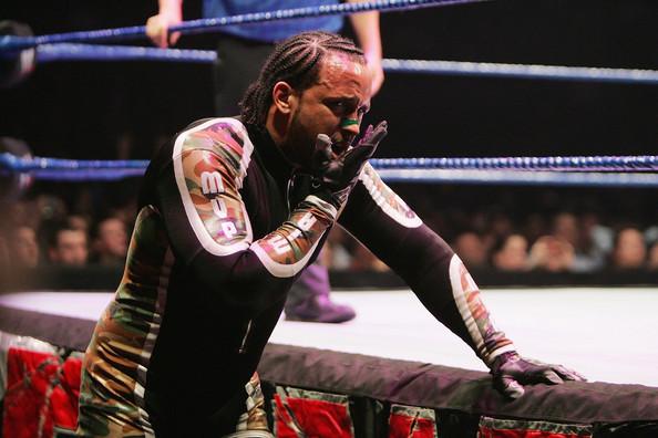 MVP+WWE+Smackdown+Sydney+_Bu1VjXHXJpl