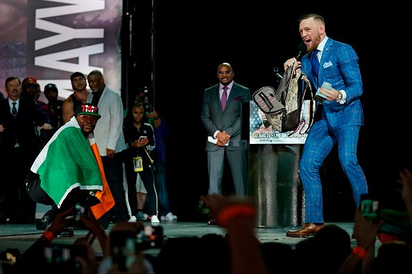mayweather-mcgregor-flag (2)