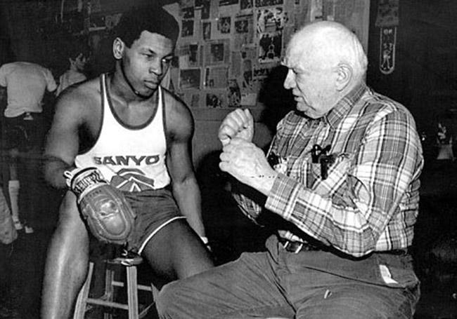 Tyson-Damato-boxing